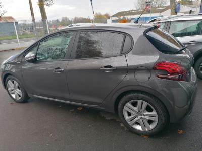 PEUGEOT 208 1.4 HDI 68 AFFAIRE